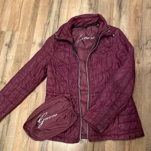 GUESS packable jacket🌹